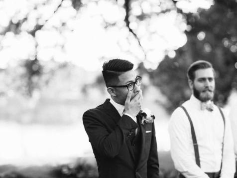 A espera do noivo no altar